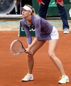 Maria_Sharapova_-_Roland-Garros_2013_-_002