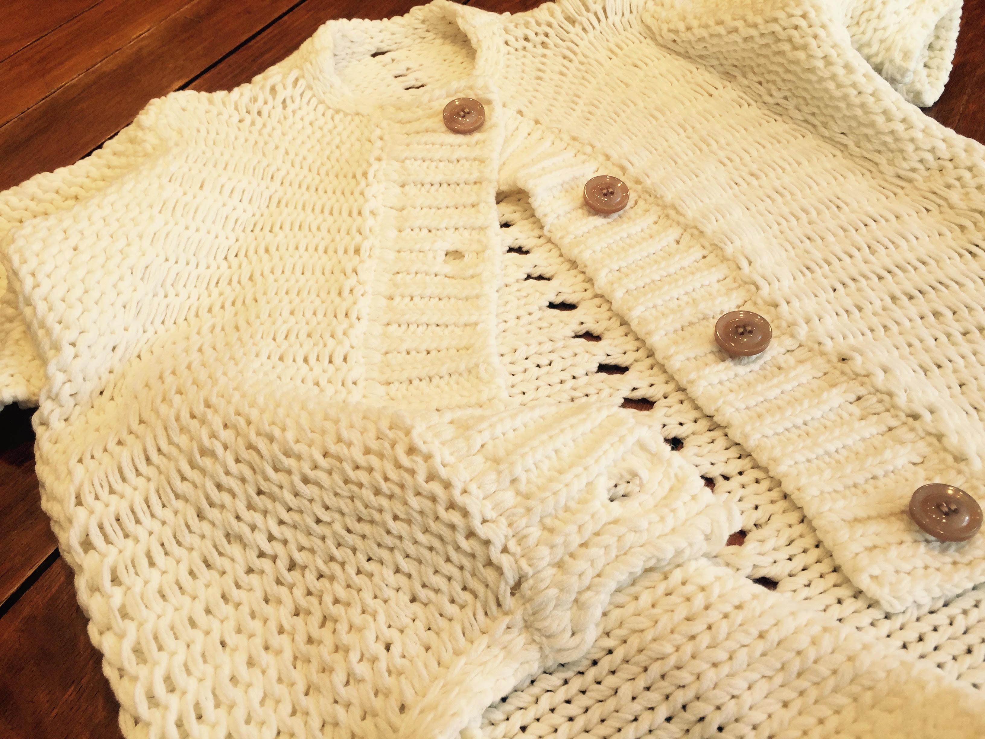 明日から大阪で丸安毛糸の18S/S向けのニット 素材・ニット製品の展示会が始まります。